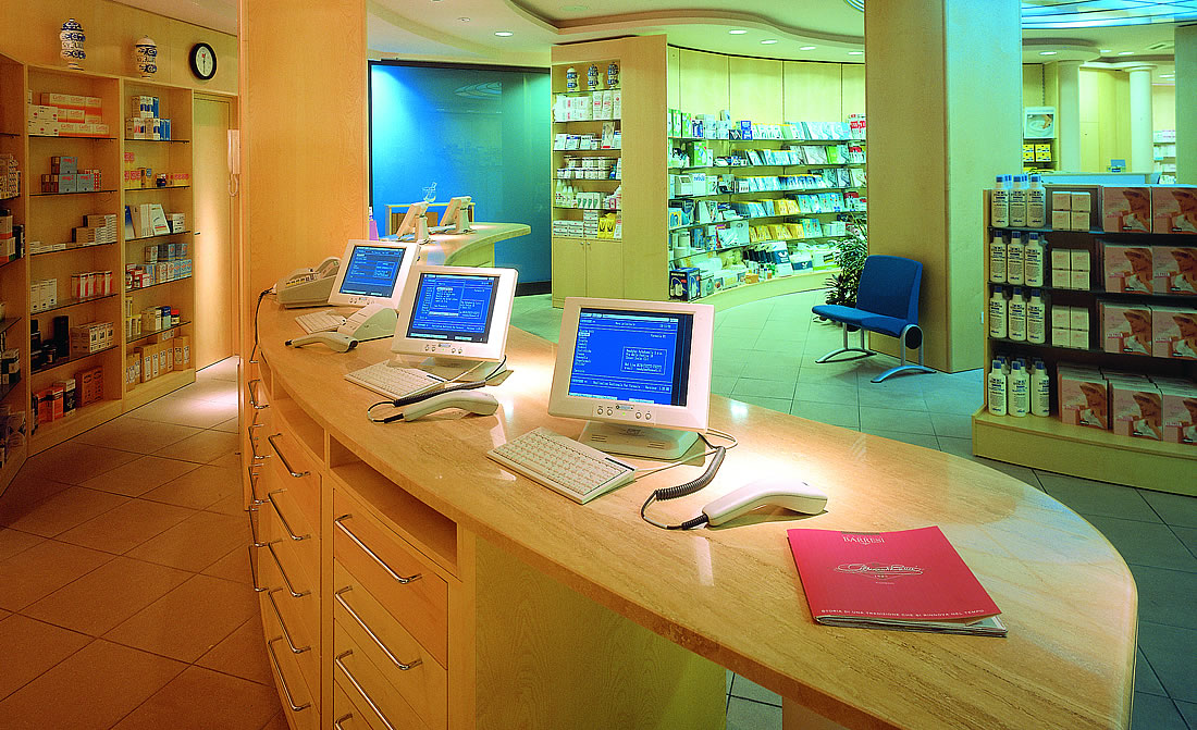 Arredo farmacie arredi farmacie arredo farmacia online for Bottigelli arredi farmacia